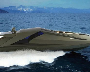 10 Powerboats That Are Perfect For the Boating Enthusiast