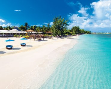 The Seven Most Luxurious Hotels in Turks and Caicos