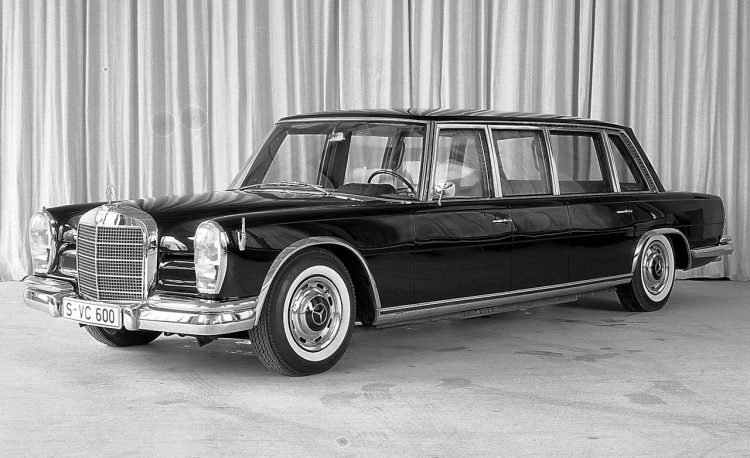 1964-1981-mercedes-benz-600-pullman-limousine-photo-317065-s-1280x782