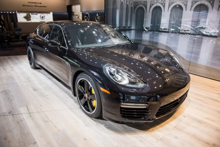 Executive Exclusive Porsche Panamera Turbo S