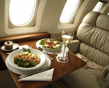 10 Secrets to Flying First Class for Free