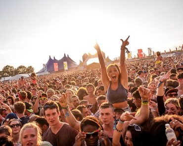 How to Get Paid To Tweet About Summer Music Festivals