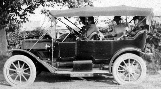 The Cadillac Touring, 1912