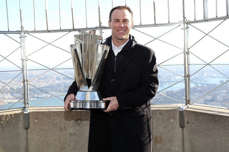 Kevin Harvick Visits The Empire State Building