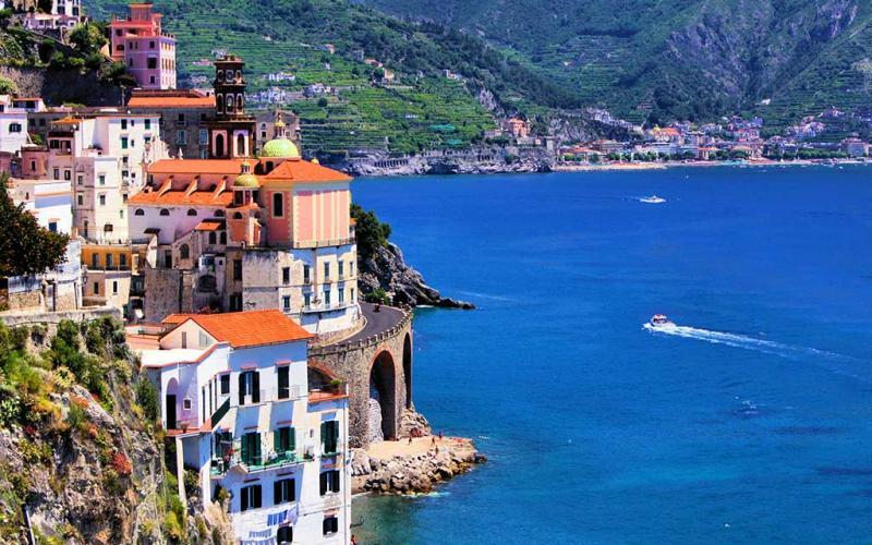 Five Gorgeous Luxury Hotels on the Amalfi Coast