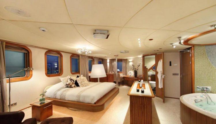 Sherakhan Yacht Suite