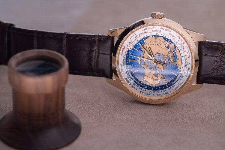 The Geophysic World time - Q8102520