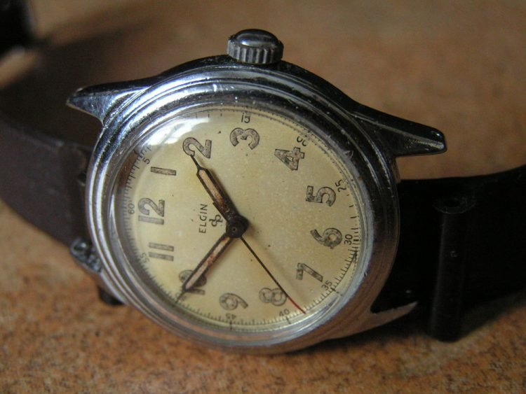 1945 Elgin Military Ordnance Wrist Watch
