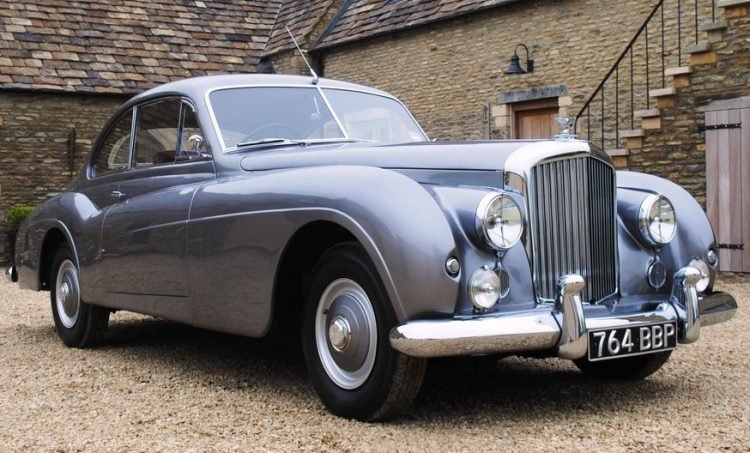 The Top 10 Luxury Cars Of The 1950s