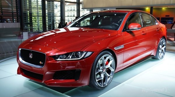 One Model That Does An Excellent Job Of Combining The Best Features Sports Cars And Traditional Sedan Is Jaguar Xe Beauty A Given After All