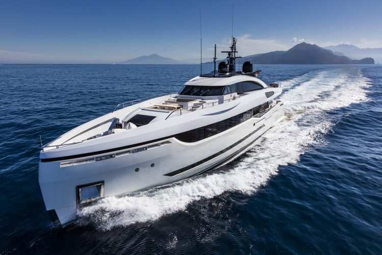 Columbus-Yachts-Divine-2