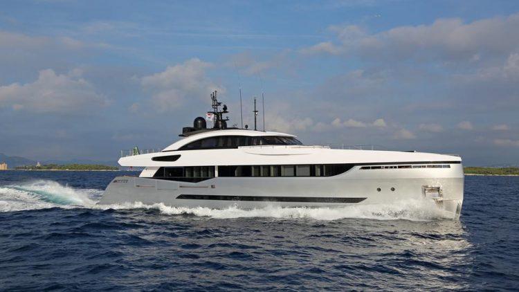 Columbus Yachts Eleanora III