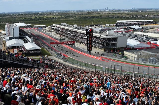 How-To-Experience-The-United-States-Formula-One-Grand-Prix-in-Style