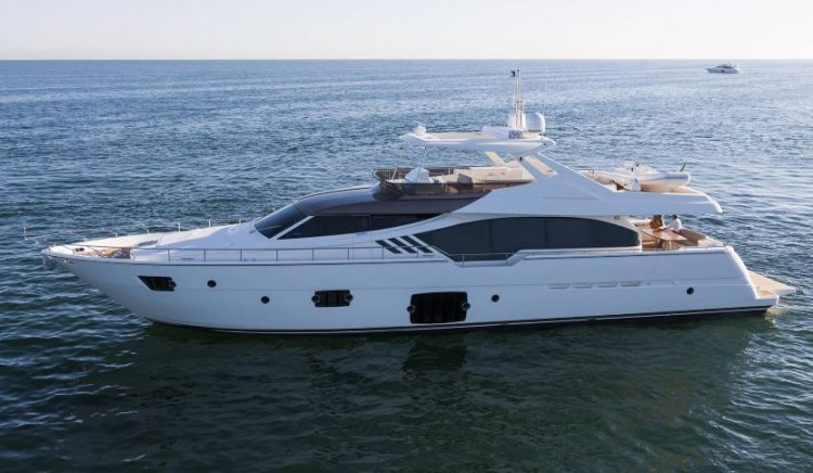 Luxury Flybridge Ferretti Yachts