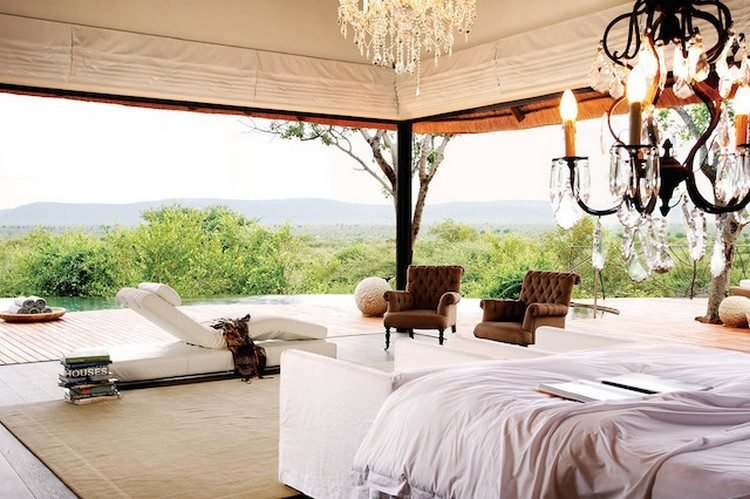 Molori-Safari-Lodge-view1
