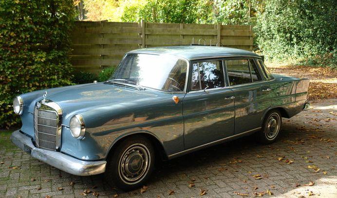 1966-mercedes-benz-w110