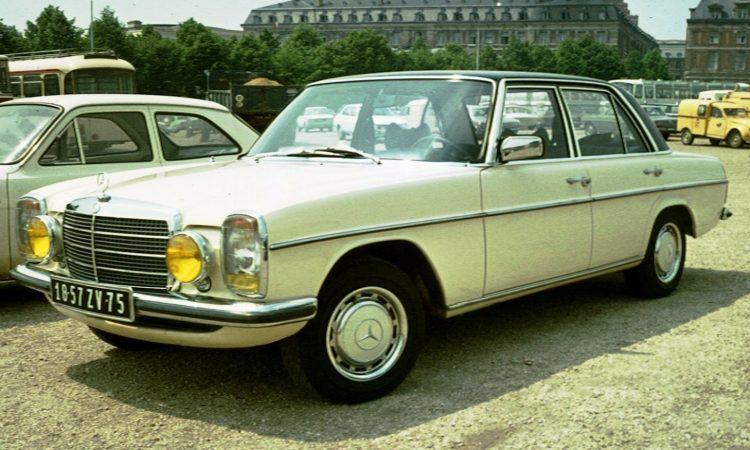 1968-mercedes-benz-w114
