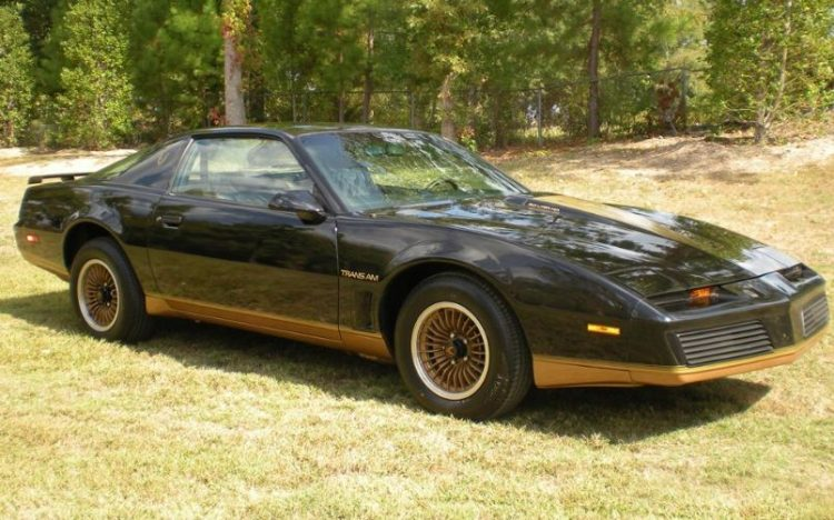 1983-pontiac-firebird-trans-am