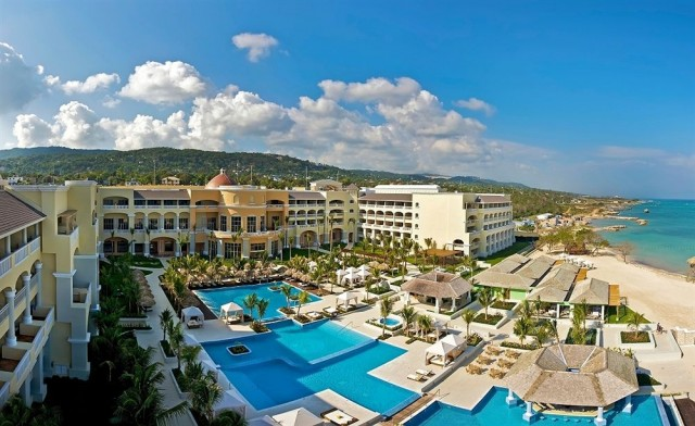 iberostar-grand-rose-hall-beach-hotel-640x392