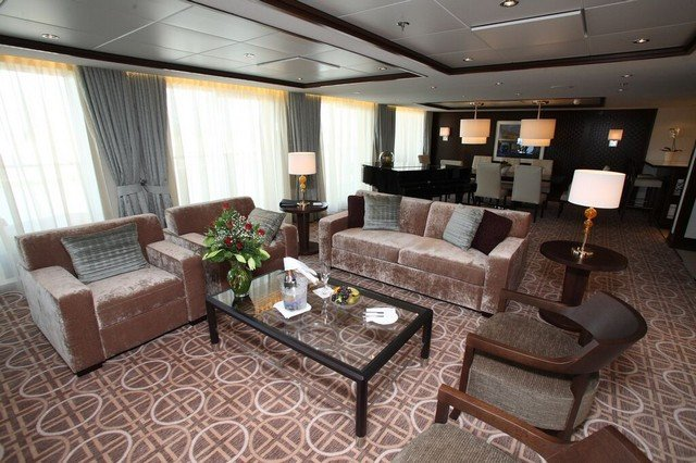 Reflection Suite on Celebrity Reflection