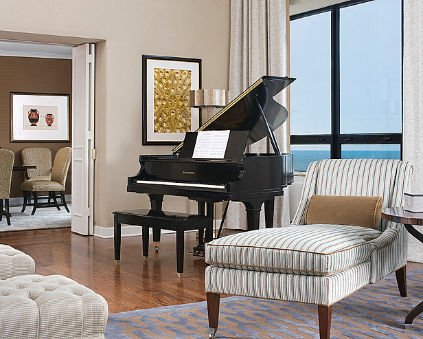ritz-carlton-chicago-presidential-suite-piano