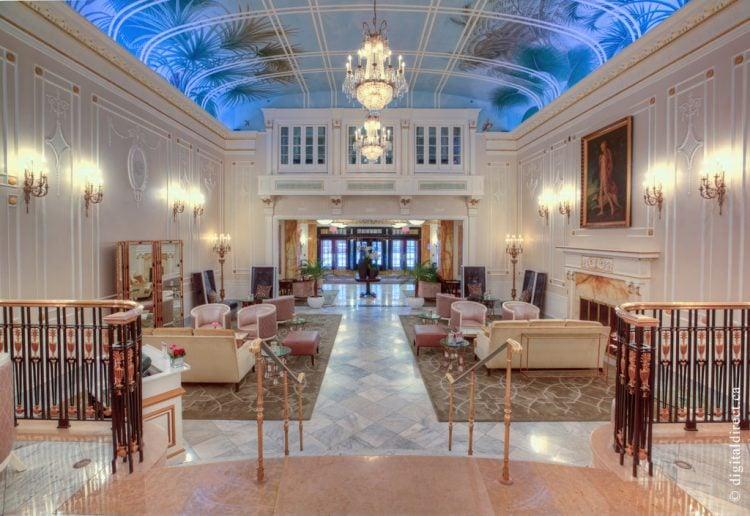Top Luxury Hotel Montreal