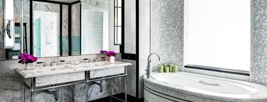 st-regis-ny-presidential-suite-master-bathroom