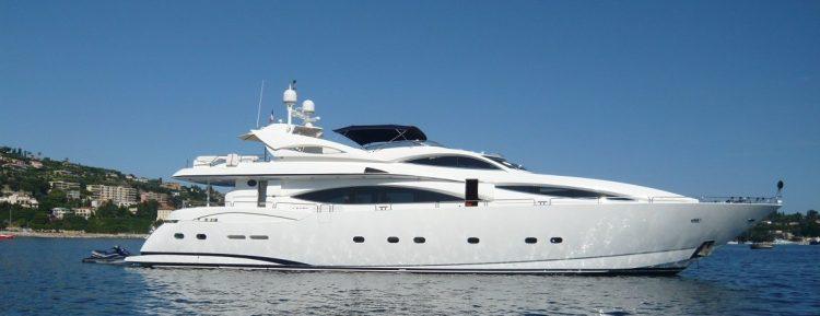 sunseeker-105-yacht