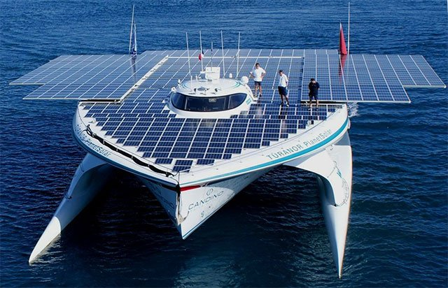the-solar-powered-boat