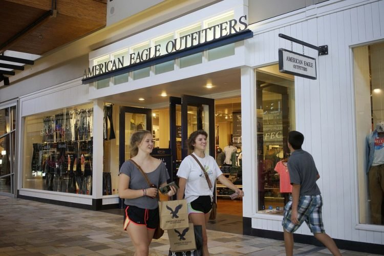 american-eagle-outfitters-store