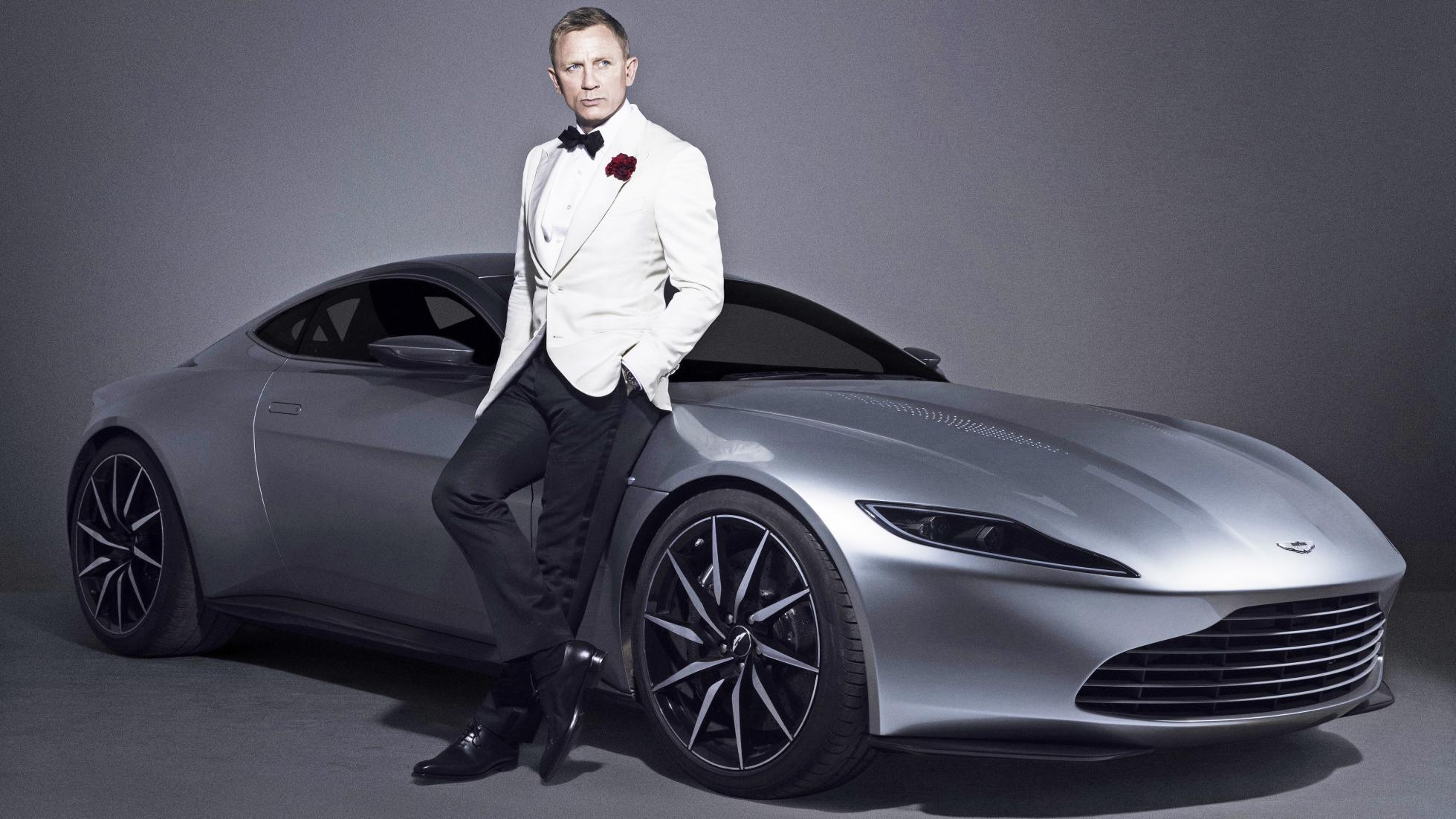 Watch 10 Cool James Bond Cars That Defined An Era Of 007 video