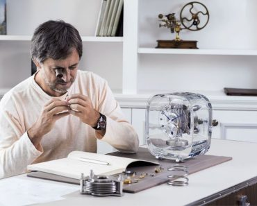 The Jaeger-LeCoultre Atmos 568 By Marc Newson