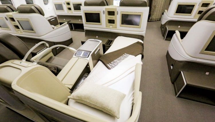 guest-and-staff-cabins-boeing-787-8