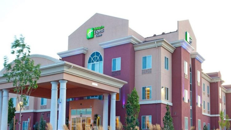 holiday-inn-express-and-suites-reno-airport
