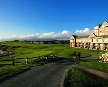 What Makes the Ritz Carlton Half Moon Bay One of its Best
