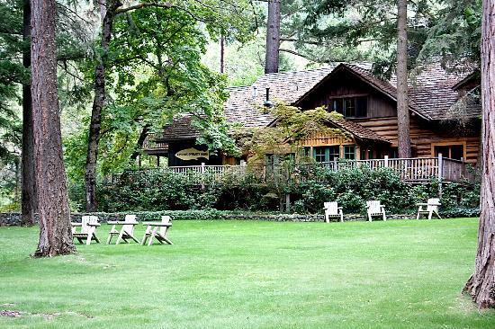 weasku-inn-resort-grants-pass-oregon