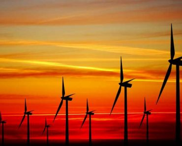 How Much Money Can the US save With Wind Power in 20 Years?