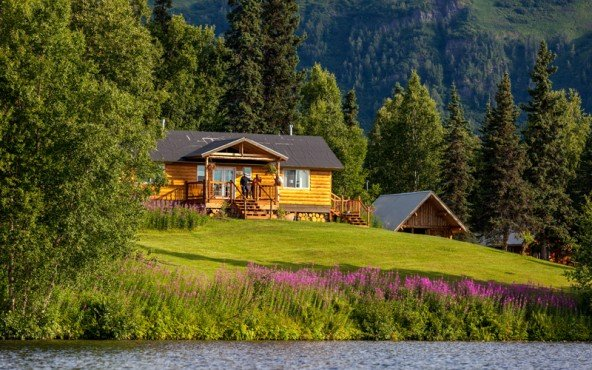 winterlake-lodge-at-finger-lake-alaska