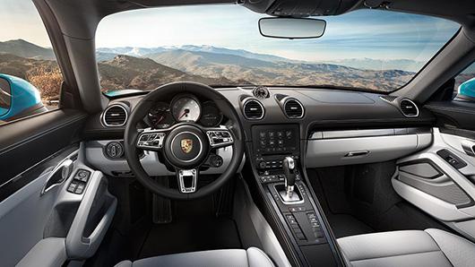 2017-porsche-718-cayman-pdk-interior