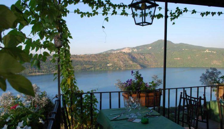 ferrari-tour-of-lake-nemi