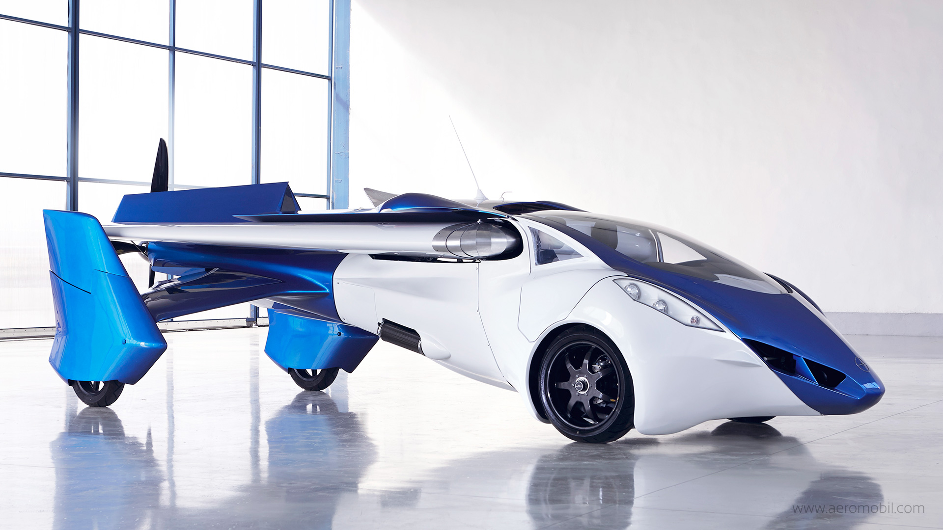 will we see a flying car by the end of 2017