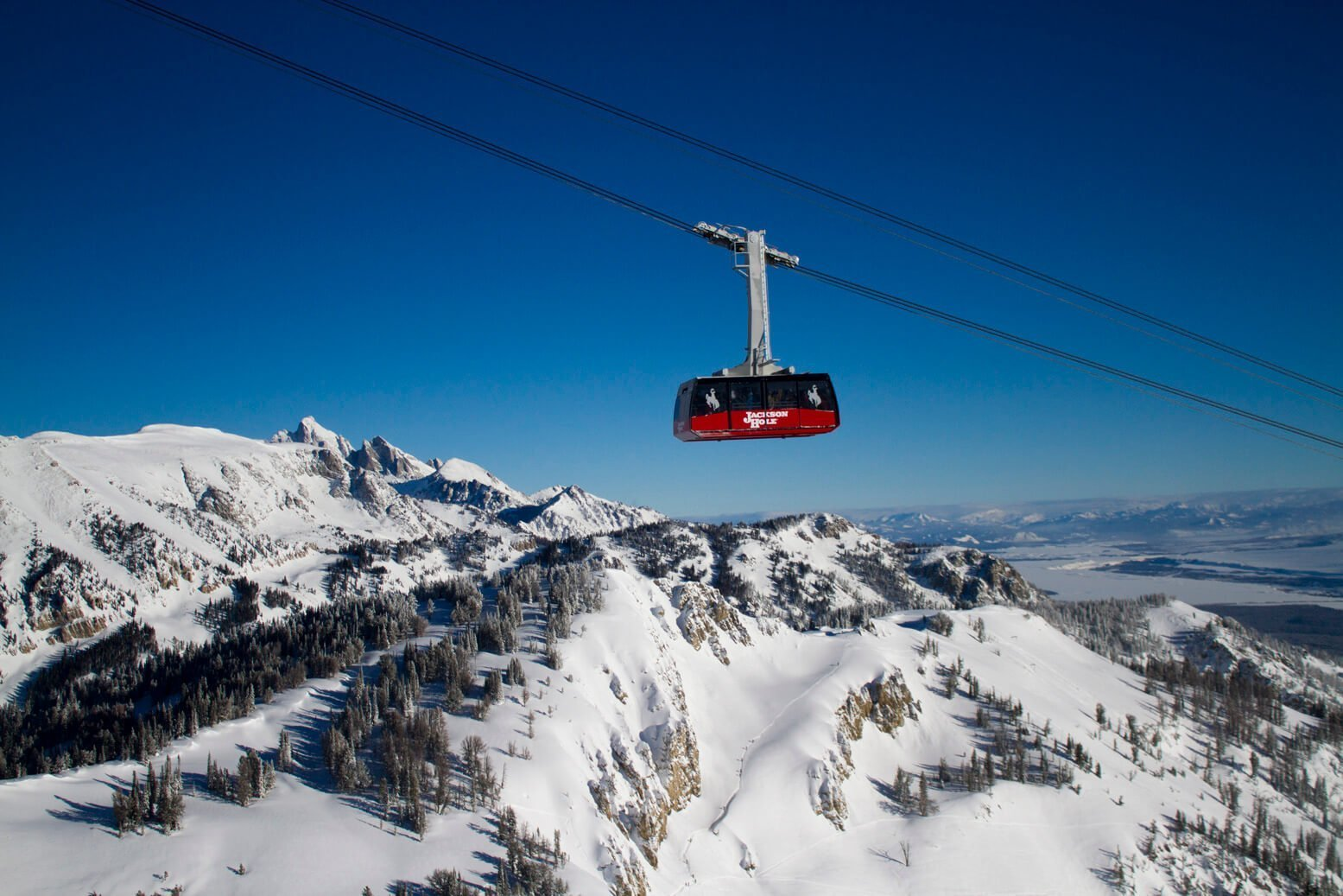 the top five ski resorts in wyoming