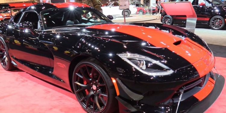 The Dodge Viper Is A 2 Seat Sports Car Designed For Performance. The 2017  Dodge Comes In Special Edition Models To Celebrate The End Of Viperu0027s  Production, ...