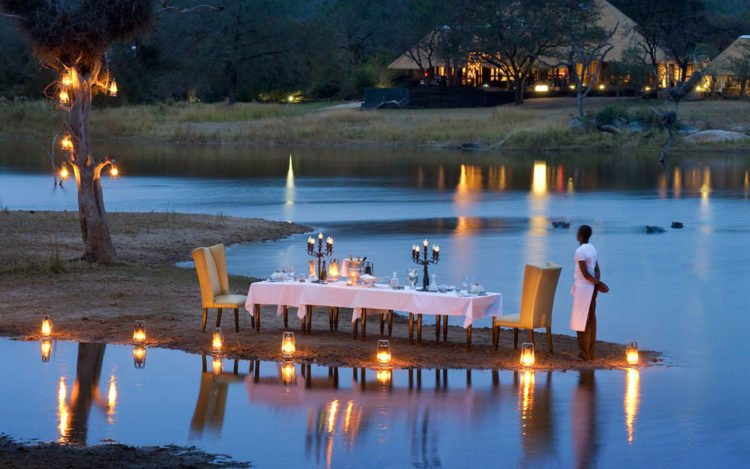 Chitwa Chitwa Game Lodge - Safari Destination