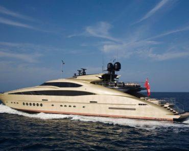 A Closer Look at Nicole Kidman's Yacht Houkalani