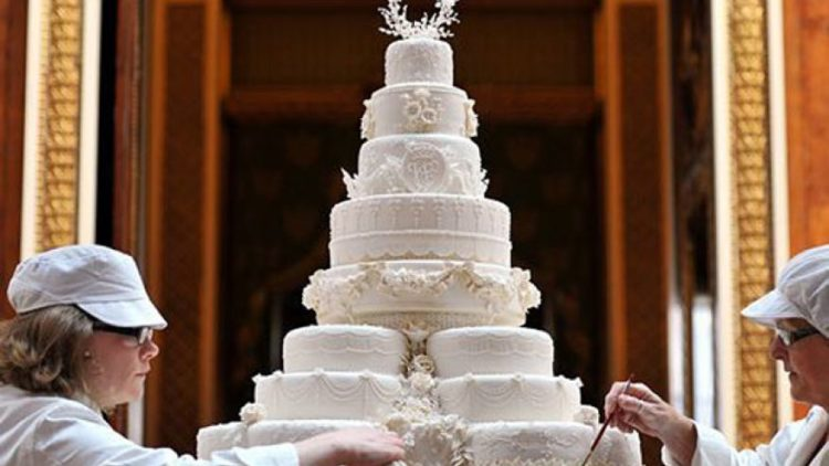 world s most extravagant wedding cakes the most expensive wedding cakes in history money inc 27637