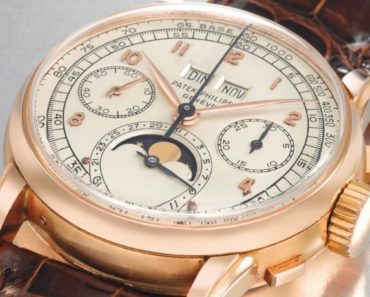 Patek Philippe Perpetual Calendar Chronograph Wristwatch in Pink Gold