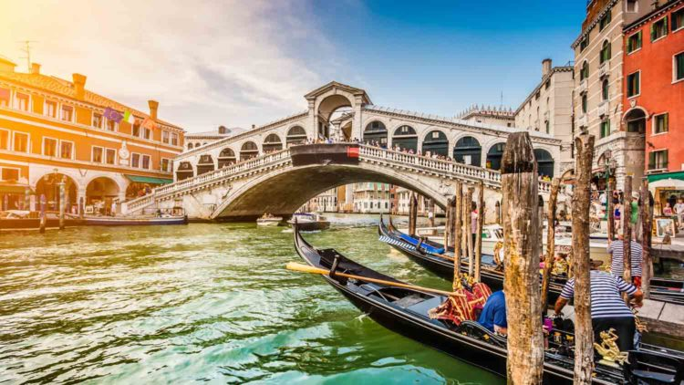 Tell me about this spot?  Venice-grand-canal-1500-850__2_-750x422