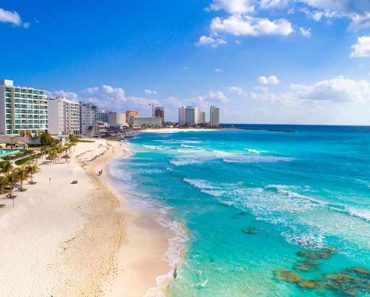 The Pros and Cons of Mexico Family Travel