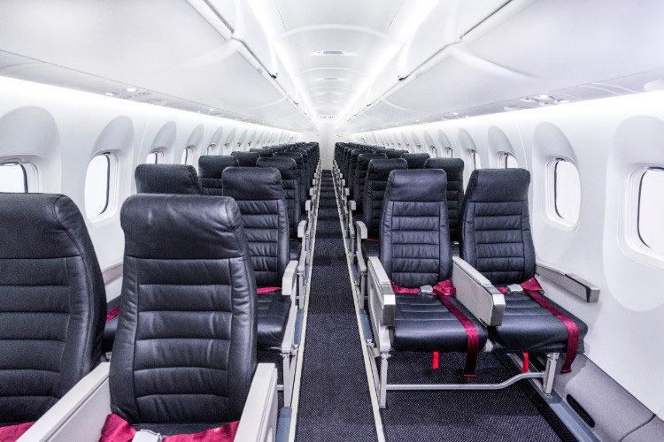 Bombardier Q400-Cargo-Combi-interior